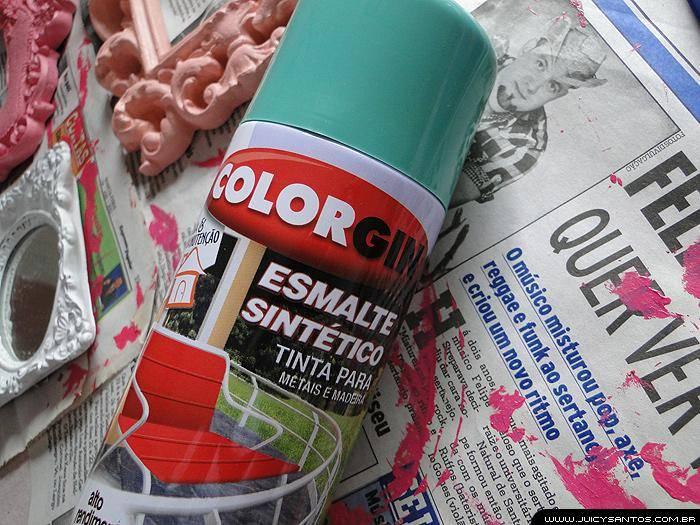 Pintura de bandeja com spray