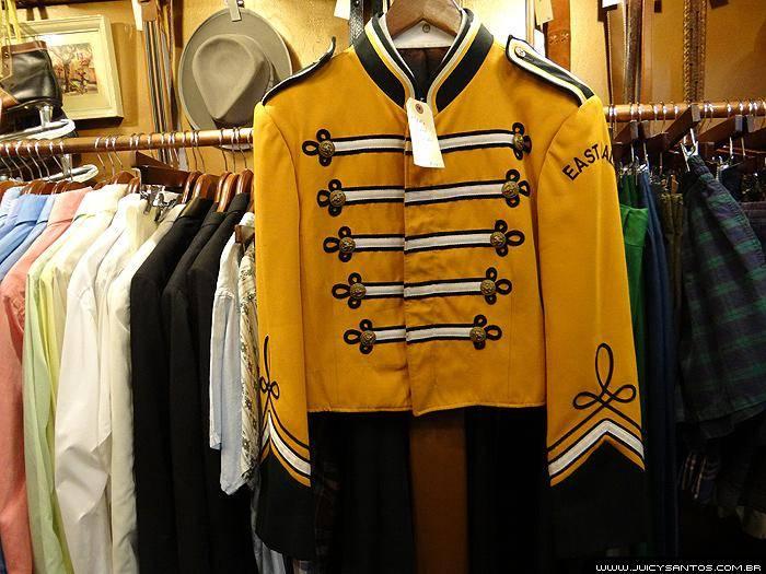 Jaqueta de banda de brechó