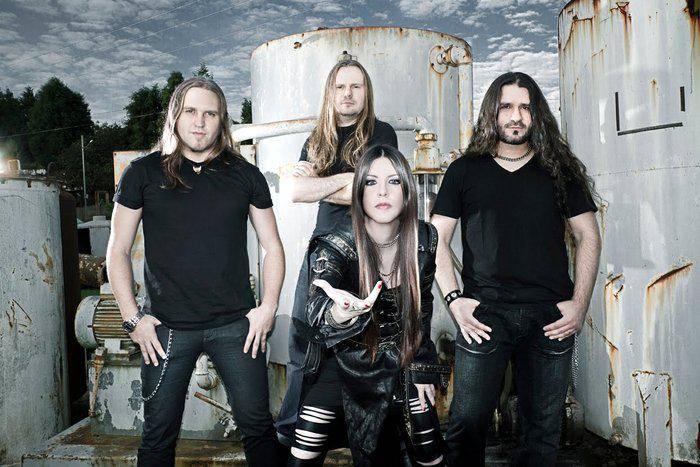Entrevista com Dani Nolden, vocalista da banda de metal Shadowside