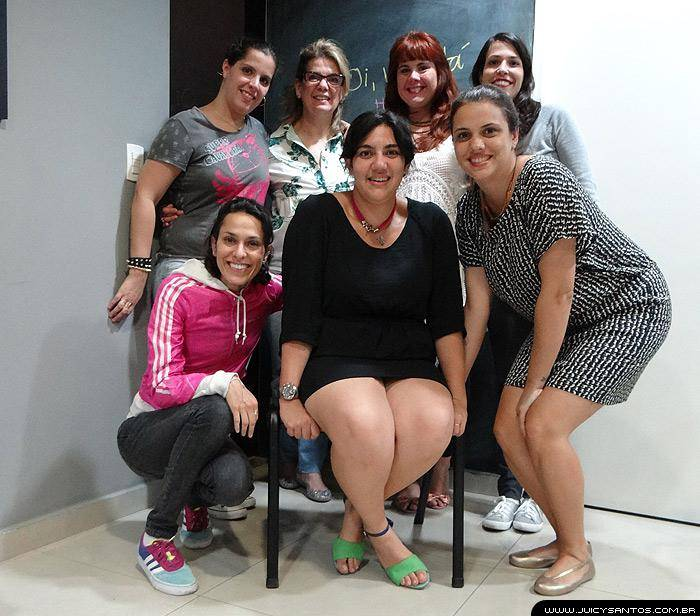 O Juicy staff com as meninas do Alguem