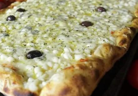 www.juicysantos.com.br - dia da pizza na graminha