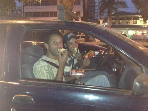 www.juicysantos.com.br - pizza da red sun pitsop no trânsito de santos