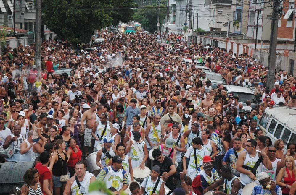 www.juicysantos.com.br - carnaval de rua em santos sp