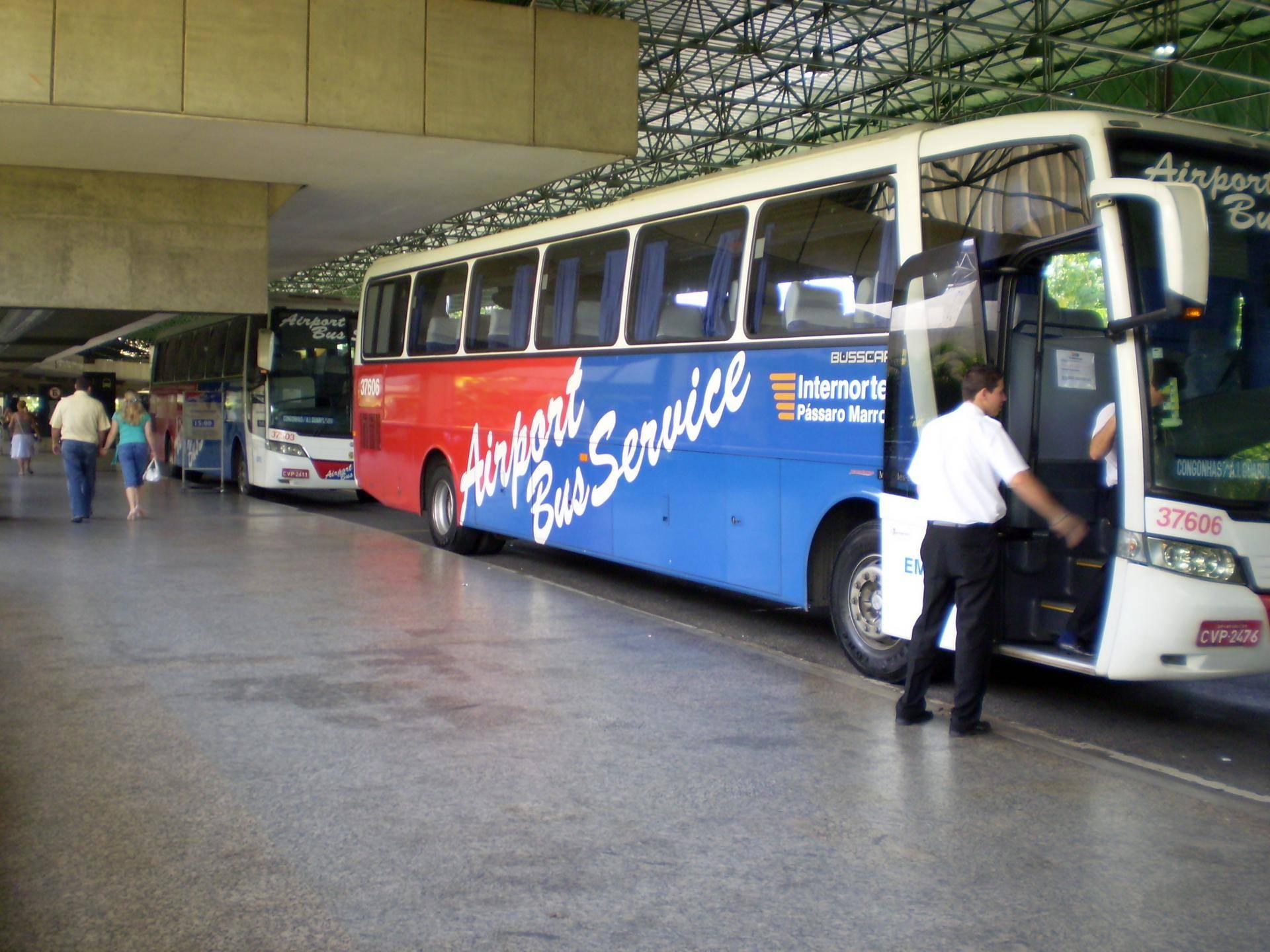 Aeroporto Sp : Ônibus de santos para os aeroportos de sp