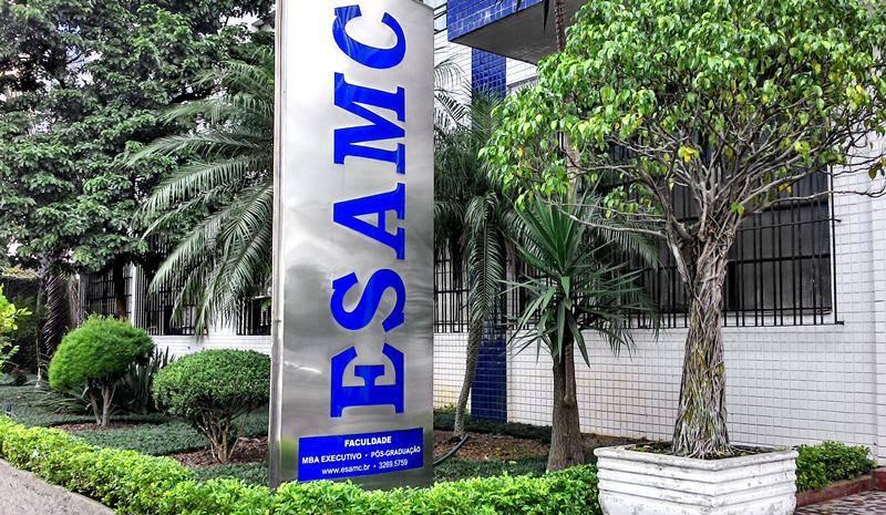 Processo seletivo na Esamc Santos 2017