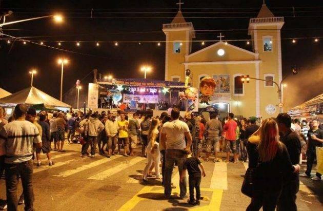 www.juicysantos.com.br - quermesse da nova cintra - crédito: turismo em santos