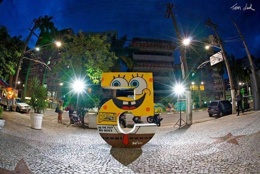 Curso de estêncil em Santos com Érico Bomfim