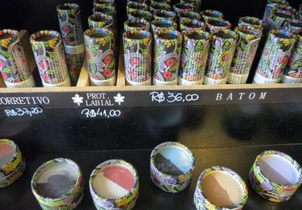 www.juicysantos.com.br - maquiagem orgânica vymana