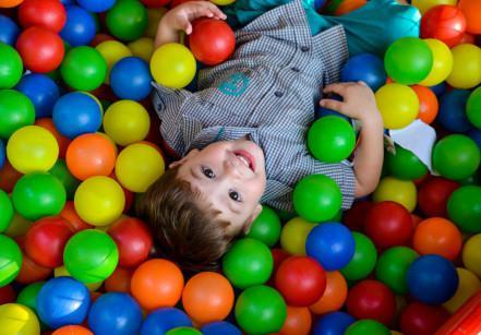 www.juicysantos.com.lbr - espaço kids no casamento