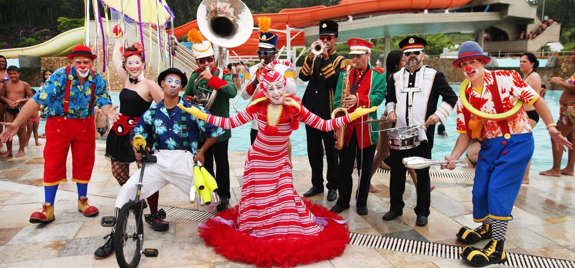 Carnaval no Sesc Santos: vai rolar folia pelas ruas da região