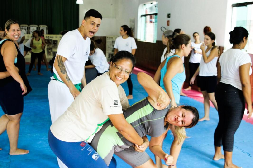 Mês da mulher: em março, tem Krav Maga gratuito em Santos