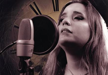 www.juicysantos.com.br - cantora carla mariani