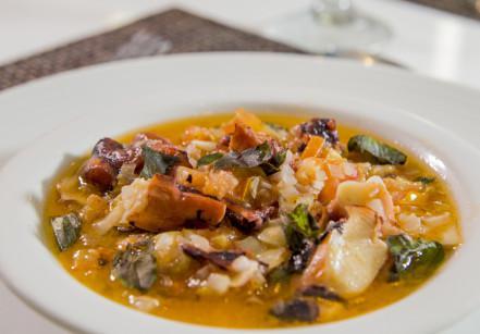 www.juicysantos.com.br - calamares a provençale do chef rodrigo anunciato