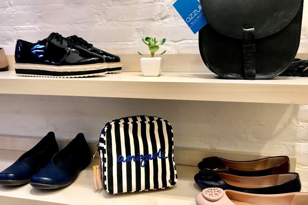 www.juicysantos.com.br - azzuli sapatos e bolsas diferentes em santos sp