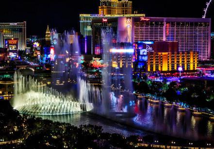 Foto noturna da cidade de Las Vegas