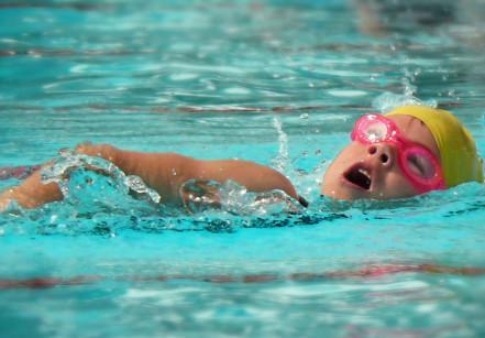 www.juicysantos.com.br - natação infantil em santos na unimes