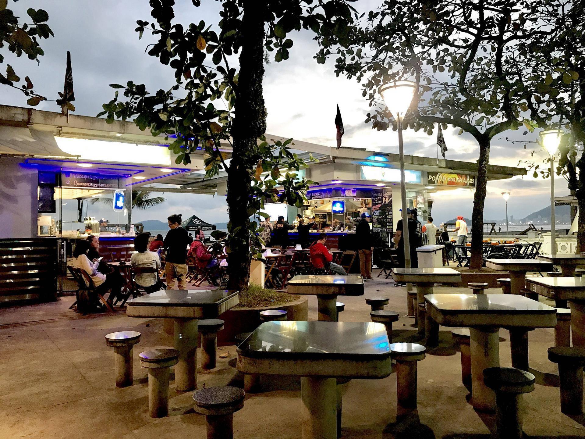 www.juicysantos.com.br - quiosque na praia burgman cerveja artesanal