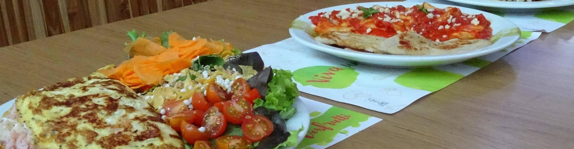 Mais que sucos: o delicioso almoço do Desfrutti Santos