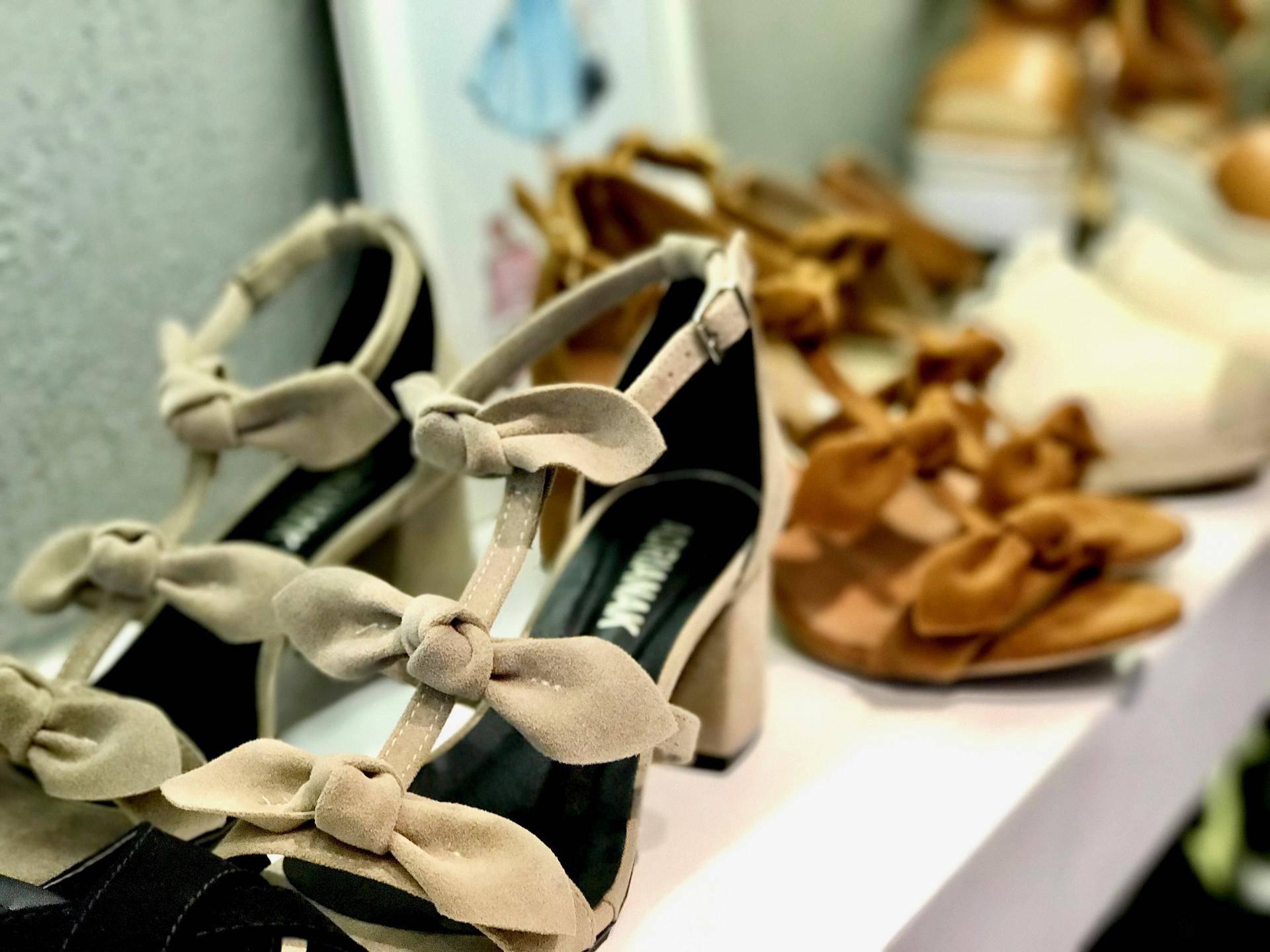 www.juicysantos.com.br - sapato de salto adrianak shoes