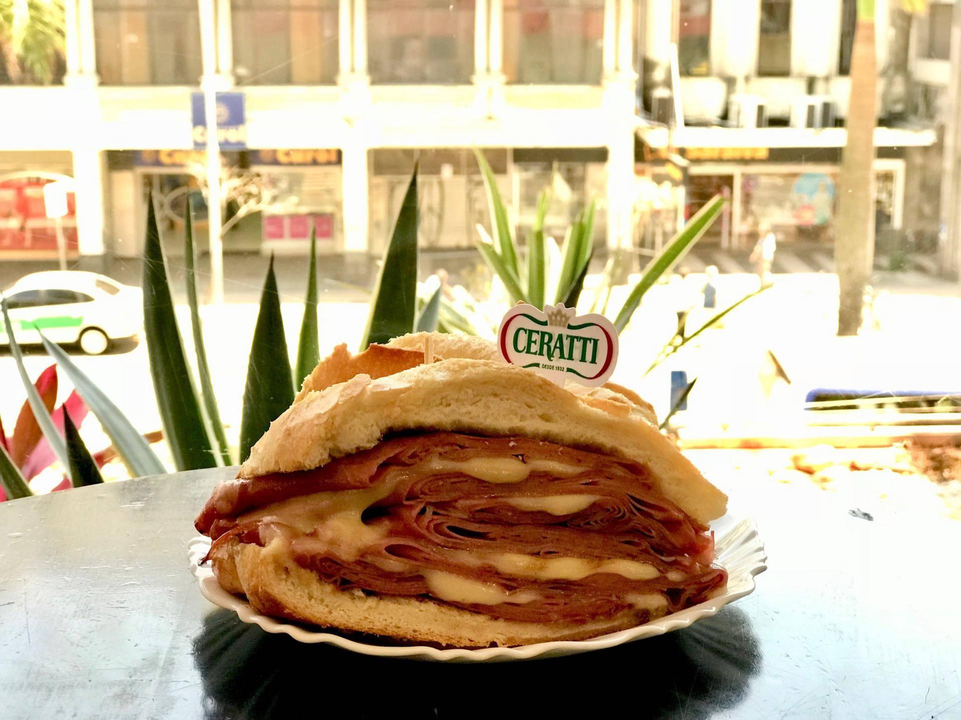 www.juicysantos.com.br - sanduíche de mortadela
