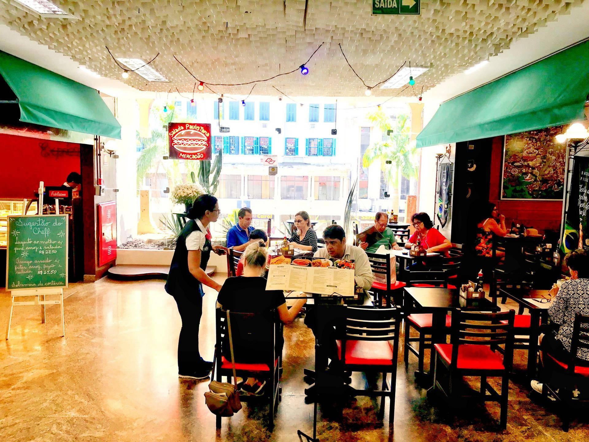 www.juicysantos.com.br - sanduíche do mercadão em santos salada paulistana