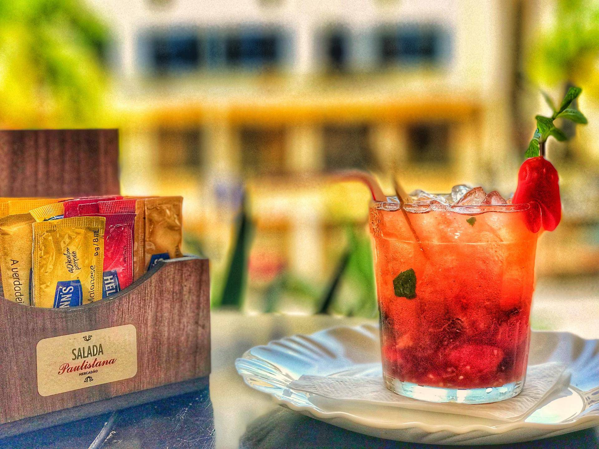 www.juicysantos.com.br- caipirinha de tomate cereja salada paulistana