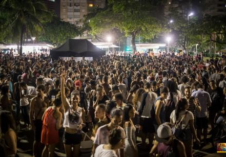 www.juicysantos.com.br - forró na praia de santos de graça