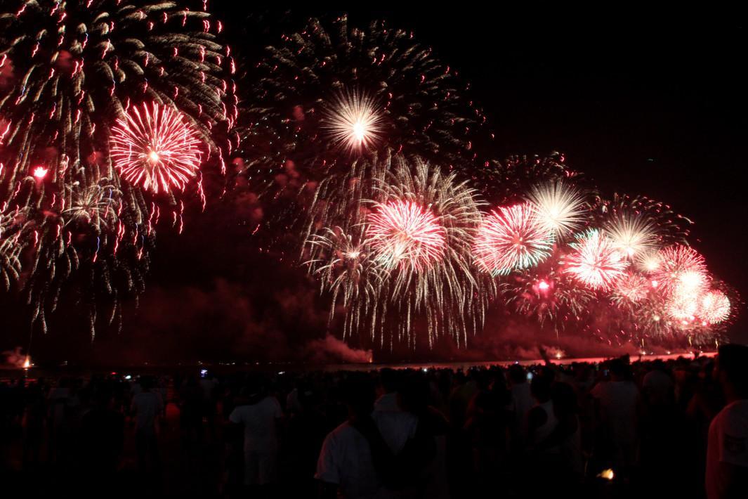 Fogos da virada de ano novo. fotos: Alexsander Ferraz