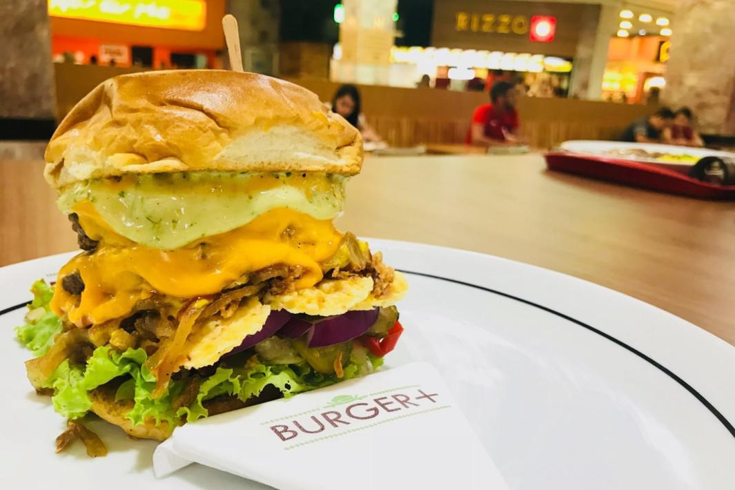 www.juicysantos.com.br - hamburger gourmet na praça de alimentação do praiamar