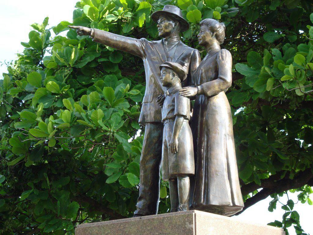www.juicysantos.com.br - monumentos de santos