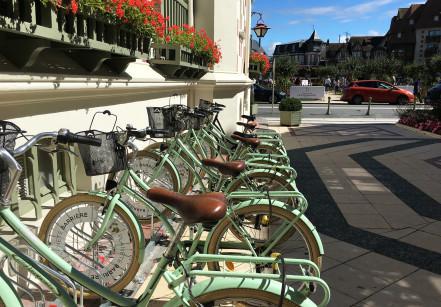 Deaville bikes