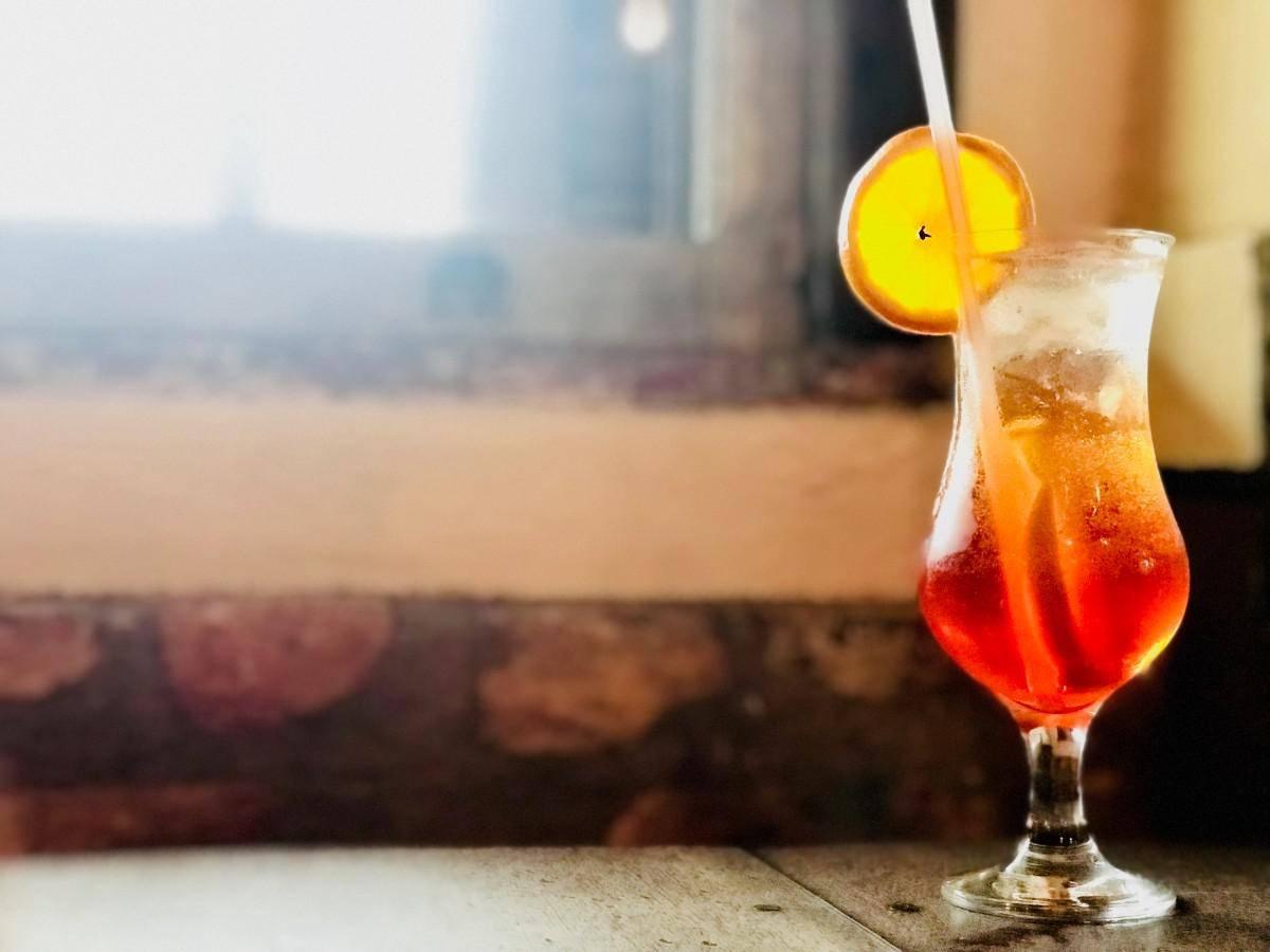 www.juicysantos.com.br - onde tomar aperol spritz em santos