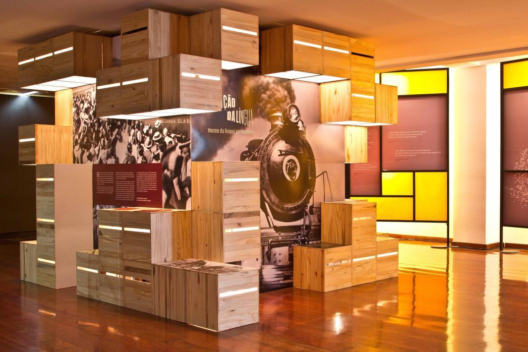 Museu da Língua Portuguesa chega a Santos