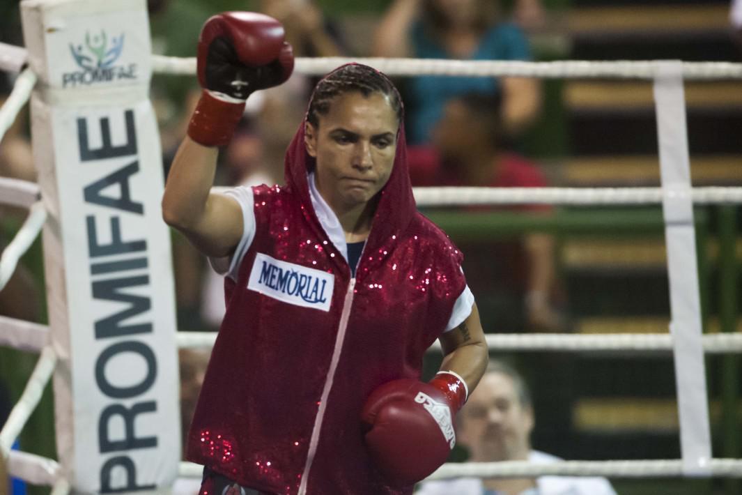 Rose Volante defende título mundial de boxe em Santos