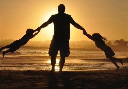 www.juicysantos.com.br - família na praia - o que fazer em santos com crianças