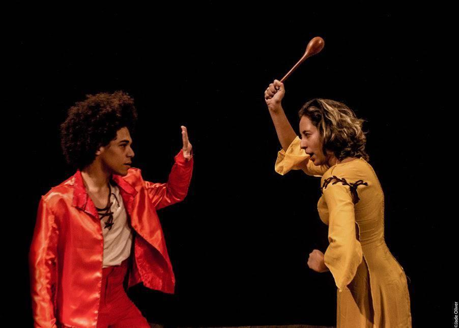 www.juicysantos.com.br - escola de teatro gratuita em santos