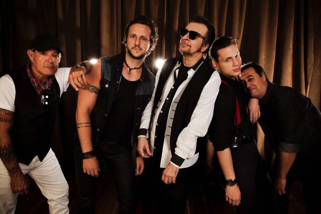 www.juicysantos.com.br - show da banda Camisa de Vênus em Santos
