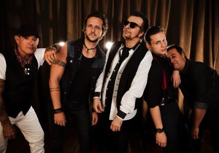 juicysantos.com.br - show da banda Camisa de Vênus em Santos