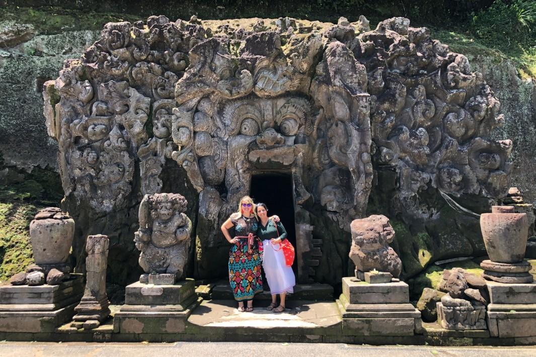 www.juicysantos.com.br - goa gajah em bali indonésia