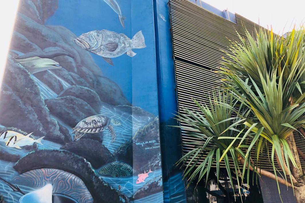 www.juicysantos.com.br - painéis do aquário de santos por robert wyland