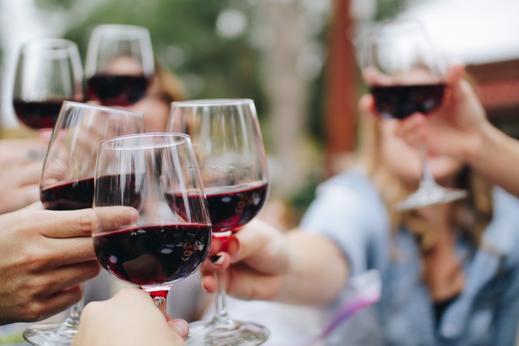 juicysantos.com.br - amantes de vinho em Santos