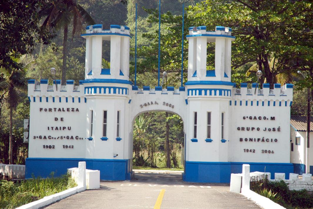 www.juicysantos.com.br - Fortalezas da Baixada Santista