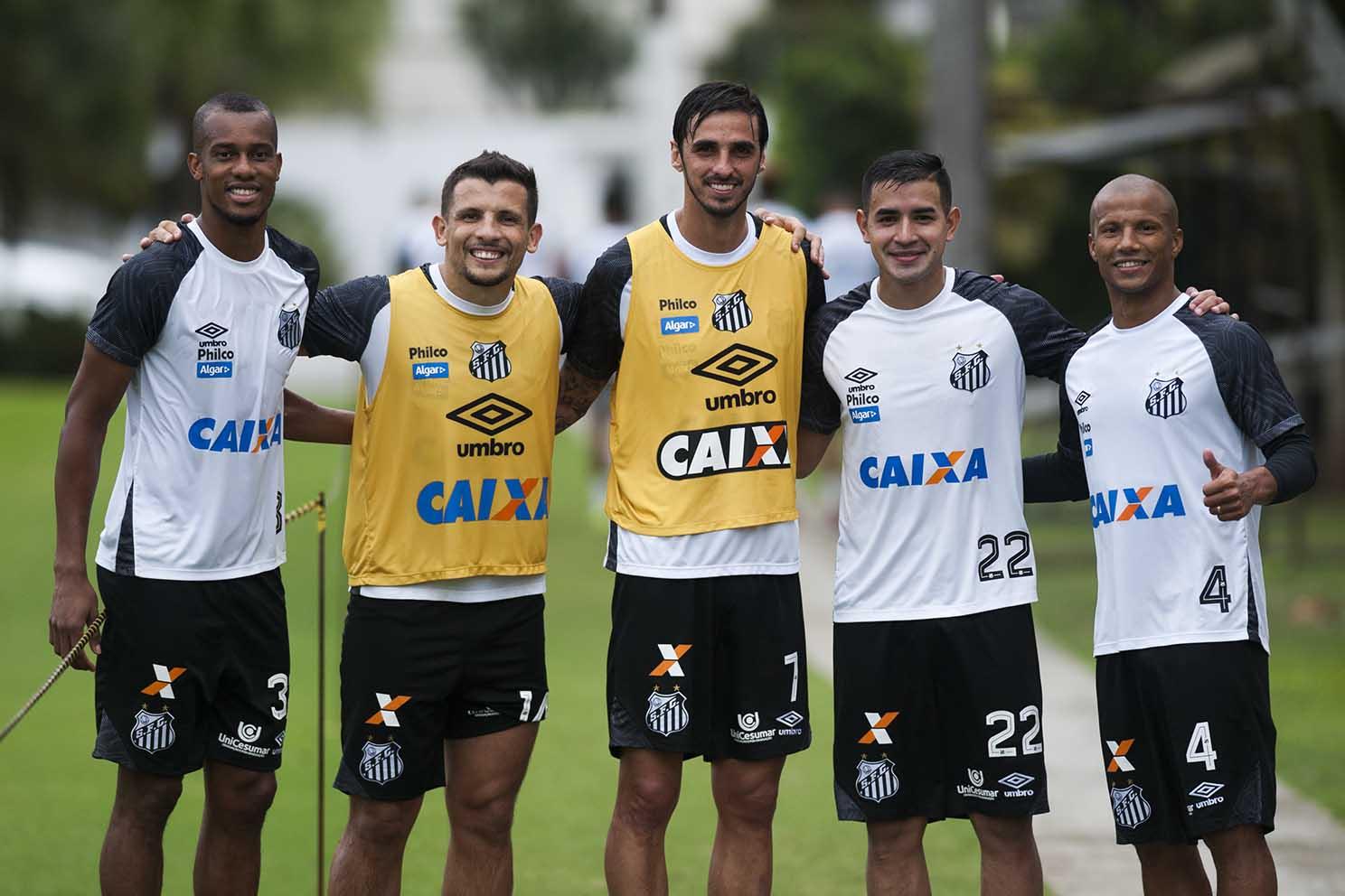 0f8a157033 Bienvenido al Santos  os estrangeiros no Santos FC - Juicy Santos