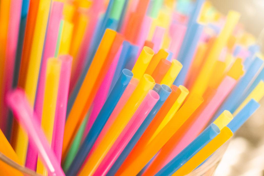 www.juicysantos.com.br - Santos proíbe canudos de plástico