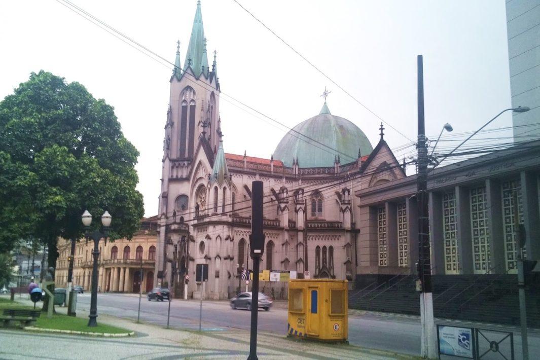www.juicysantos.com.br - Igrejas Católicas de Santos