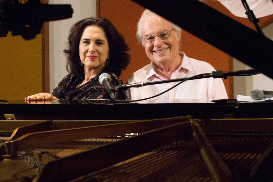 juicysantos.com.br - Francis e Olívia Hime em Santos