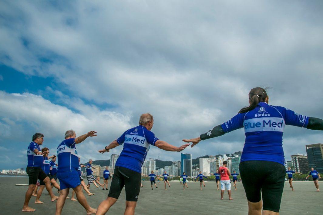 www.juicysantos.com.br - Projeto oferece Surf para idosos em Santos