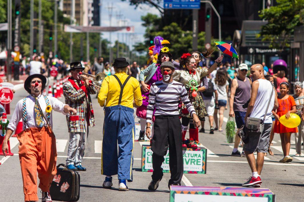 juicysantos.com.br - Domingo na Paulista