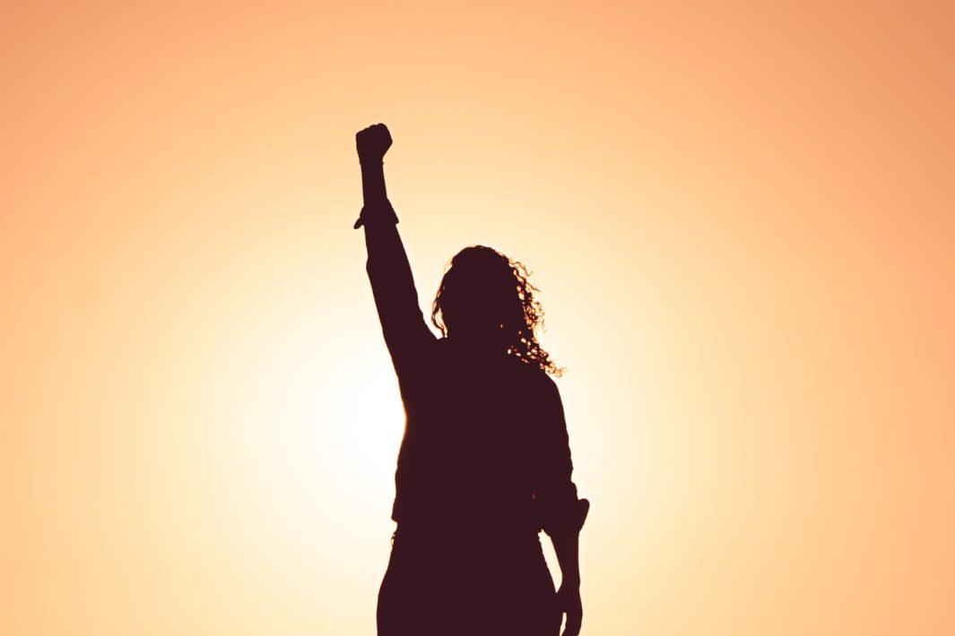 www.juicysantos.com.br - todas as feministas