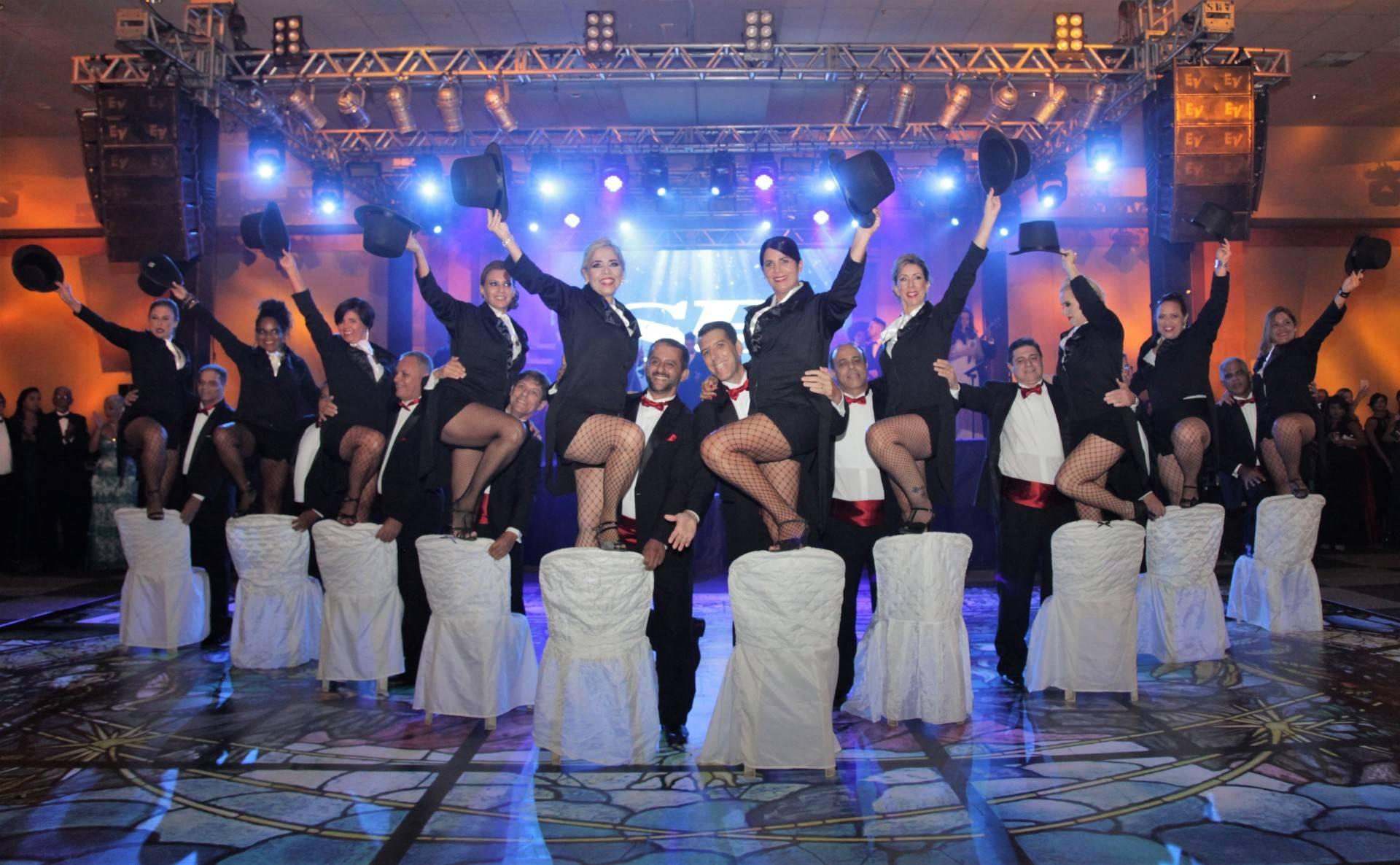 www.juicysantos.com.br - show no baile da cidade de santos